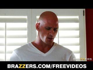 Flexible Yoga Milf Jenni Lee Fucks A Masseur