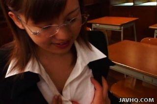 Japanese Teacher Pleases Her Student –