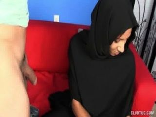 Muslim Girl Hot Blowjob (version 1)