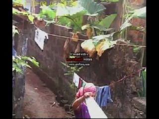 Washing Kerala Women