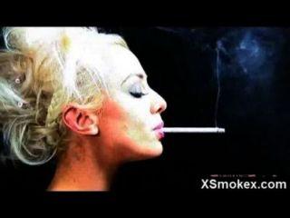 Gorgeous Smoking Mature Fucked