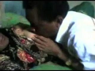 Indonesia- Om Yang Sudah Gak Tahan Lag