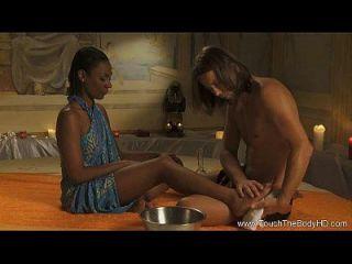 Advanced Yoni Massage For Romantic Couples
