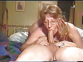 Mom Deepthroat