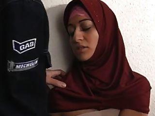 Arab Muslim Hijab Turbanli Girl Fuck 2 - Nv