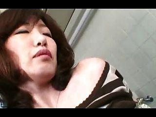 Very Hairy Mature Japanese Slut Creamed (uncensored)