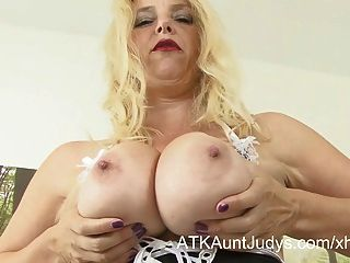 Lucinda Finger-fucks Her Milf Pussy In A Maid Outfit.