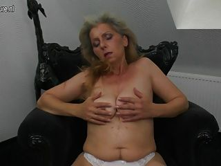 Mature Frisky Mother And Her Hairy Vagina