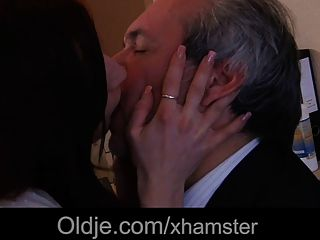 Old Boss Fuck His Sexy Young Assistant In The Office