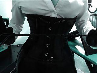 Fetish-diva Lady Darlia