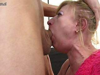 Hot Mature Mom Fucked By Boy Hard