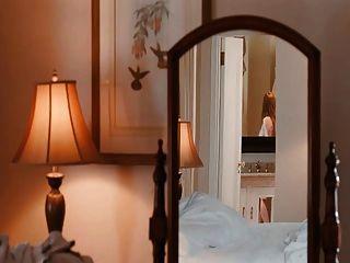 Amanda Seyfried In Nude Sex Scene With Julianne Moore