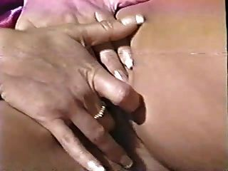 Hot Ashlyn Gere Masturbates In Bed