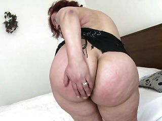 Old Granny With Big Butt And Hungry Vagina