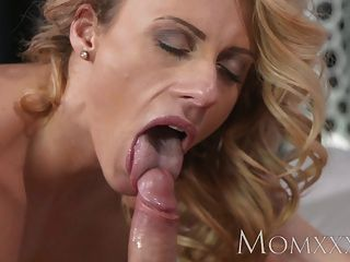Mom Guy Gives His Friends Mom A Good Fucking Before Creampie