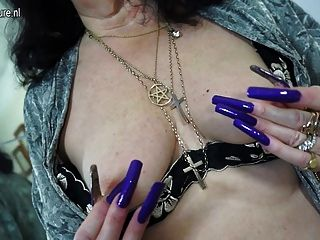 Horny British Mature Slut Playing With Her Toy