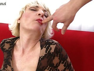Horny Mature Housewife Fucking And Sucking Young Boy