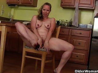 Mom Turns Household Chores Into A Masturbation Adventure