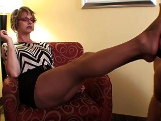 Sniffing And Cumming On Nylon Feet