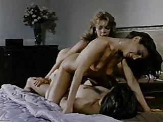 Laurie Smith & Karen Summer -threesome