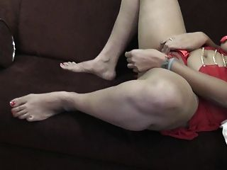 Desi Indian Rich Nri Wife & Friend Time Pass Together Hd