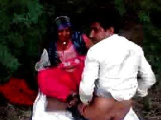 Desi Randi Wife Caught Fucking Beautiful Showing - Wowmoy