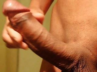 Asian Big Cock Masturbation And Massive Cumshot !