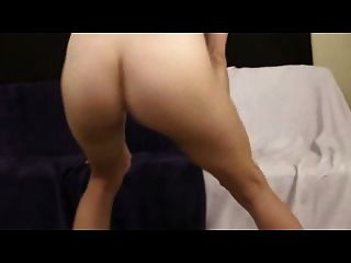 Closeup Naked Booty Shaking Popping