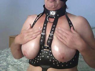 Velmadoo Oils Her Tits