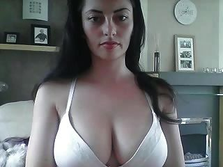 Gorgeous Girl With Great Body And Nice Boobs