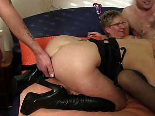 Xxxomas - Granny Sucks Cock And Eats Pussy In German Orgy