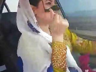 Iranian Sexy Hijab Milf Dancing In Car-ahvaz City