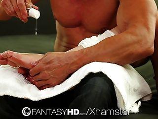 Fantasyhd - Foot Massage Gets Lexi Davis In The Mood To Fuck