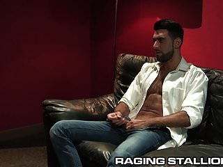 Ragingstallion Bubble Butt Hunk Nailed By Hairy Daddy