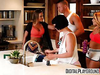 Digitalplayground - Couples Vacation Scene 3 Britney Amber A