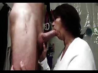 Mom Sucking Guy