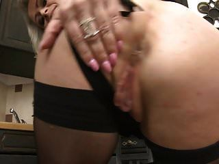 Mature Mom Feeding Her Wet Hungry Pussy