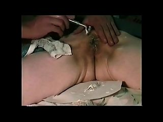 A Guy Isenjoying To Use Pussy And Anal Of Japanese Granny