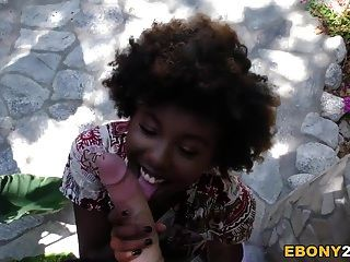 Ebony Teen Daizy Cooper Fucks Huge Cock