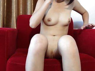 Xiaolian 1 - Chinese Model Disclosing Her Bald Pussy