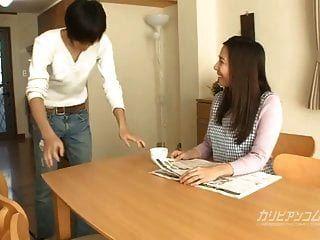 Colloge Boy Wants His Auntie Mirei Yokoyama