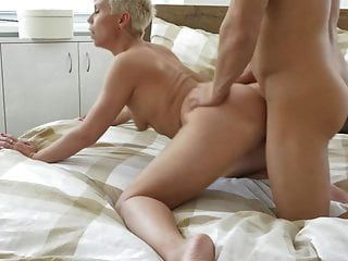 Modern Mature Mother Suck And Fuck Young Son