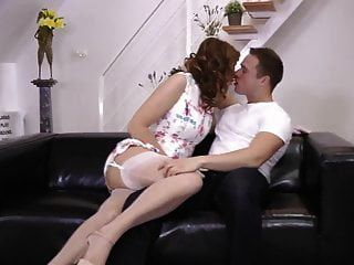 English Milf Pussyfucked By Younger Guy