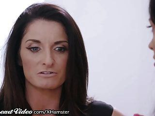 Sweetheart Milf Silvia Saige Eaten Out By College Babysitter