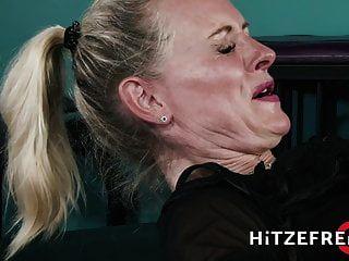 Hitzefrei Blonde German Milf Fucks A Younger Guy